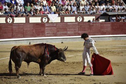 Los famosos se congregan en la corrida de toros de Las Ventas