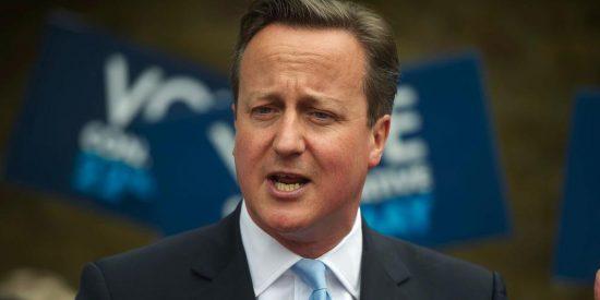 El torie Cameron gana por mayoría absoluta las elecciones británicas