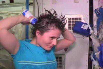 [Vídeo] Así toman un baño los astronautas en la Estación Espacial Internacional
