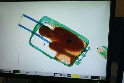 """El padre que metió a su hijo en la maleta: """"Pensé que ya había logrado entrar"""""""
