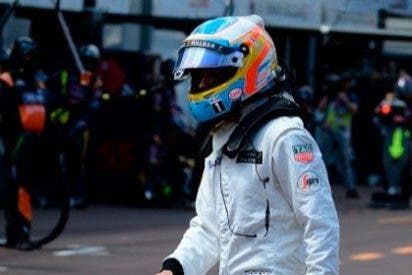 """Alonso, después de su tercer abandono: """"No me juego nada, quiero un coche para ser campeón del mundo el año que viene"""""""
