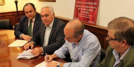 Pedro Acedo ha formalizado un acuerdo con el sindicato mayoritario en la administración local