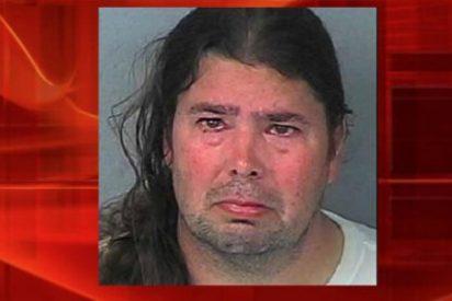 """Detenido por descuartizar a su amigo imaginario: """"Era un sucio y se drogaba sin parar"""""""