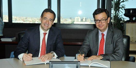 CaixaBank y el BEI firman un acuerdo de 900 millones de euros para financiar proyectos empresariales