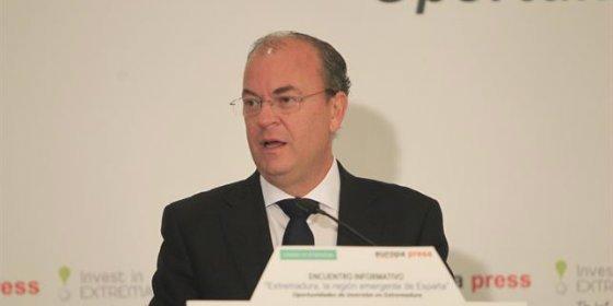 Monago avanza una estrategia industrial para superar el 15% del PIB en 2020