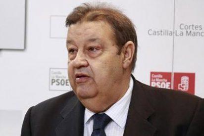 Fernández Vaquero (PSOE) hace pública una encuesta que le otorga dos diputados de ventaja sobre Cospedal