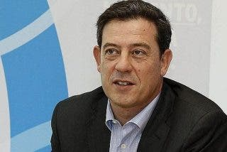 """Besteiro pide en Santiago votar al PSdeG frente a """"experimentos fallidos"""""""