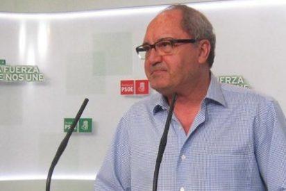 Cornejo advierte de que el PSOE no consentirá actitudes prepotentes, arrogantes y mucho menos imposiciones