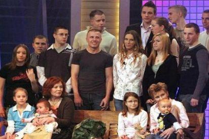 Una madre alemana de 65 años y con 13 hijos da a luz a cuatrillizos prematuros