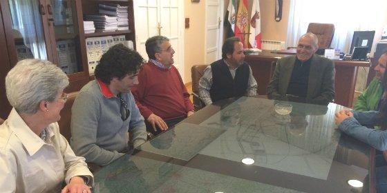 Directores de colegios de Don Benito agradecen a Mariano Gallego su trabajo a favor de la Educación