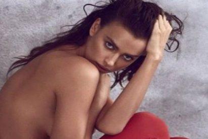 El primer 'topless' de Irina desde que está saliendo con Bradley Cooper