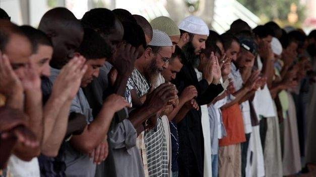 """Los musulmanes piden votar sopesando """"qué partidos entorpecen o impiden"""" sus derechos"""