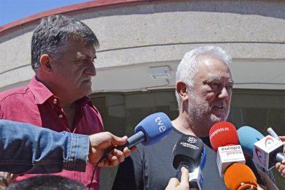 Numerosos rostros conocidos quisieron dar el último adiós al director de cine Vicente Aranda