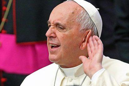 Cuelga el teléfono dos veces al papa y viaja a Roma para disculparse