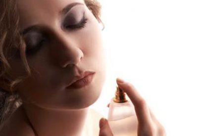 Inventan un perfume que potencia el olor cuando se suda para que las mujeres sonrían y despierte emociones a su lado