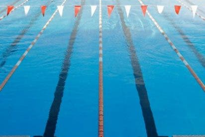 La nadadora emeritense Lidia Barragán logra marca mínima en 100 braza