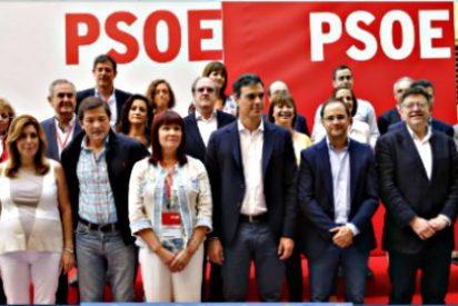Pedro Sánchez inicia su carrera a La Moncloa entregando eufórico el futuro del PSOE a Podemos