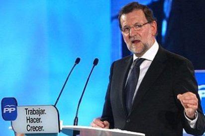 """Rajoy advierte a Díaz que debe ganarse el apoyo y PP """"no sabe nada"""" de ella"""