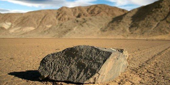Desvelado por fin el misterio de las rocas 'viajeras' del Valle de la Muerte
