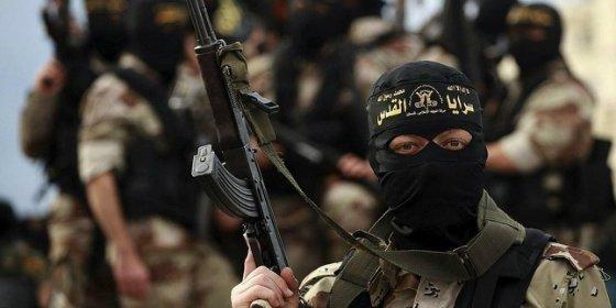 Así decapitan los yihadistas de Uzbekistán a un soldado afgano... tras jurar lealtad al Estado Islámico