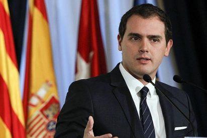 Escenario inédito: Albert Rivera coloca a Ciudadanos como primera fuerza en Cataluña