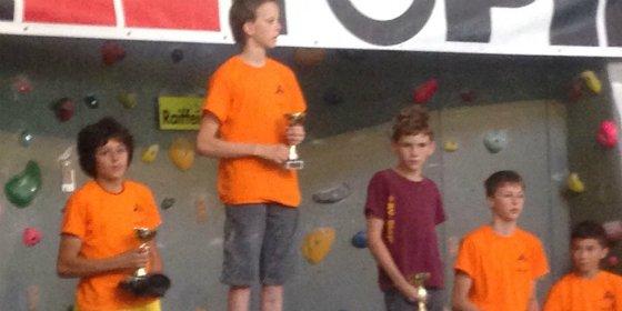 El joven escalador Extremeño Alberto Ginés, Sub-Campeón de YCCF Imst 2015 sub-14