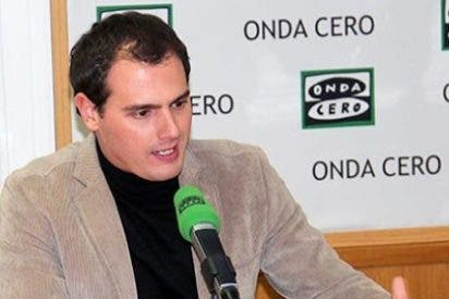 """Carlos Alsina a Albert Rivera: """"Te has colgado la medalla del político justiciero con una tesis que no es tuya"""""""
