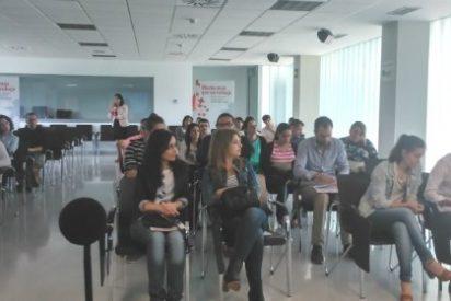 Una docena de jóvenes encuentran empleo a través de Cruz Roja Badajoz