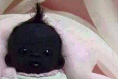 El misterio del oscuro bebé con tupé que vuelve loco al más pintado