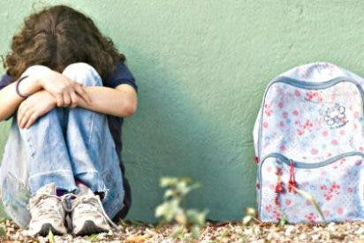 Detenidos seis macarras por acosar y grabar semidesnuda a una compañera de instituto