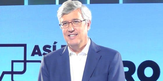 'Buruaga express': su tertulia política dura en la parrilla de TVE menos que 'Alfombra Roja'