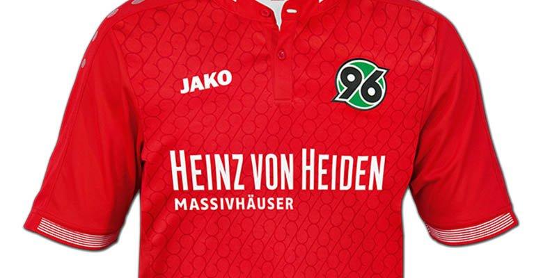 El equipo alemán presenta una de las camisetas más feas de la temporada