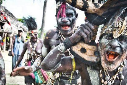 El secreto de por qué en la tribu que come cerebros no hay ningún loco