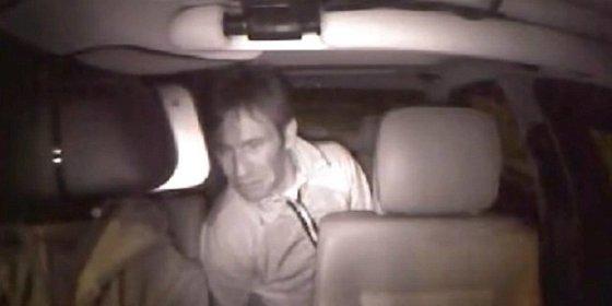El caníbal borracho que le muerde la oreja izquierda a un taxista