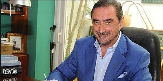 """Carlos Herrera atiza sin conmiseración a los panolis del PP por su """"generosidad boba"""" con La Sexta y El País"""