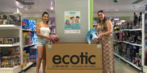 """El Corte Inglés se suma a la campaña solidaria de recogida de juguetes """"Comparte y Recicla"""""""
