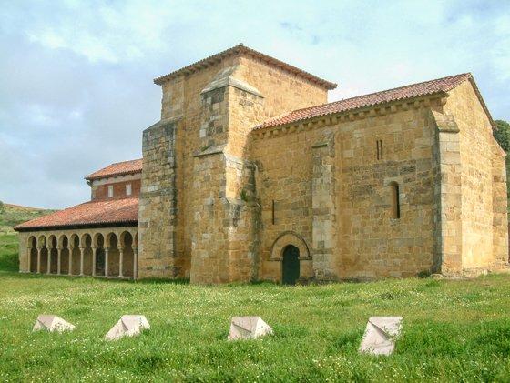 Camino de Santiago: Mansilla de las Mulas y la Iglesia del monasterio de San Miguel de Escalada