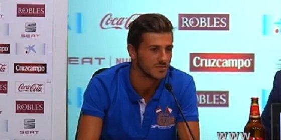 El Sevilla sorprende y busca club a uno de sus futbolistas