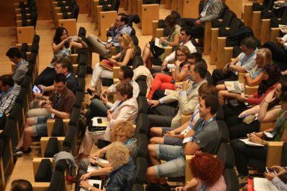 Los Reyes asisten a las ponencias del Fòrum Impulsa en Girona