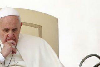 """Francisco invita a los magistrados italianos a """"reaccionar ante las colonizaciones ideológicas"""""""