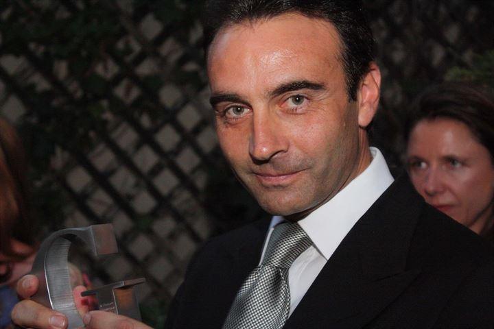 Enrique Ponce recibe el 'Premio Gentleman' 2015