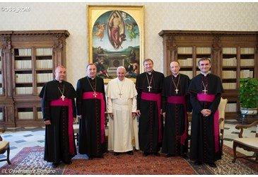 El Papa pide a los obispos de Letonia y Estonia estar cerca de los inmigrantes