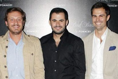 Numerosos rostros conocidos celebran la inauguración de la terraza de Emiliano Suárez