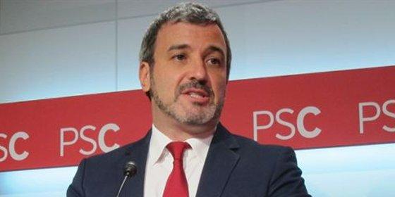 El PSC, que entrega Badalona a los independentistas, votará a favor de la investidura de Colau como alcaldesa de Barcelona