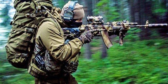 Los legendarios Kalashnikov apuntan hacia las nuevas tecnologías: ya acceden a Internet