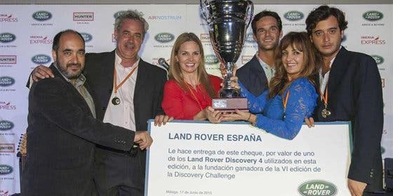 Genoveva Casanova y José Bono, vencedores del VI Land Rover Discovery Challenge