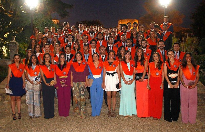 Graduación de las promociones de FICON y ADE de la Loyola