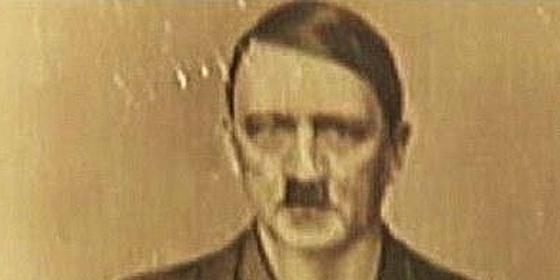 La insólita fotografía de Hitler en plan nipón de andar por casa