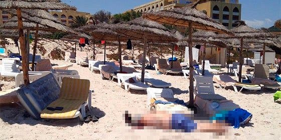 Barbarie terrorista en Túnez: al menos 27 muertos en un ataque a un hotel español
