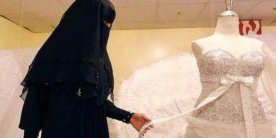 """El ultimátum del líder yihadista a una viuda: """"Cásate conmigo o te convertirás en mi esclava"""""""